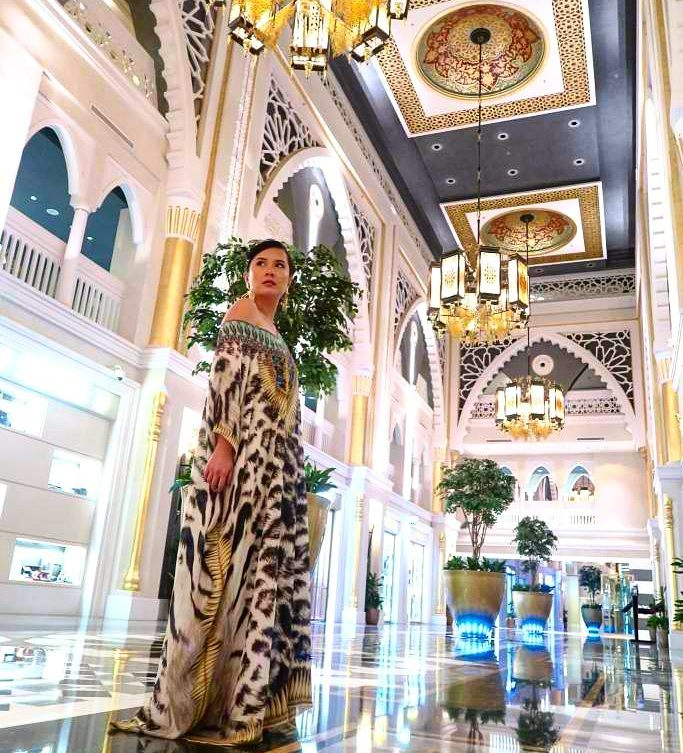kaftans give you the feel of exploring the world in pyjamas (Dubai)