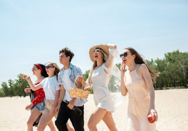 4 Cool Activities to Try on Your Next Beach Holiday