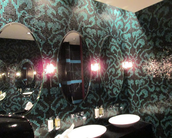 Etihad Business Class Lounge in Abu Dhabi