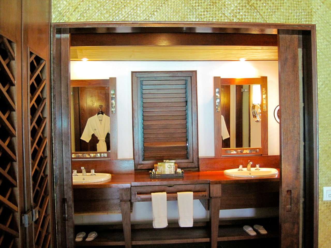 double sink at the bathroom. Overwater bungalow at the Sofitel Private Island Bora-Bora