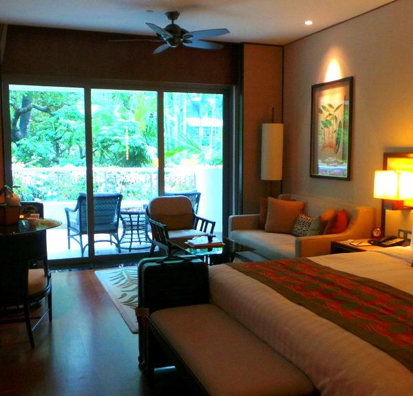 Shangri-la Hotel Singapore, the World's First Shangri-la
