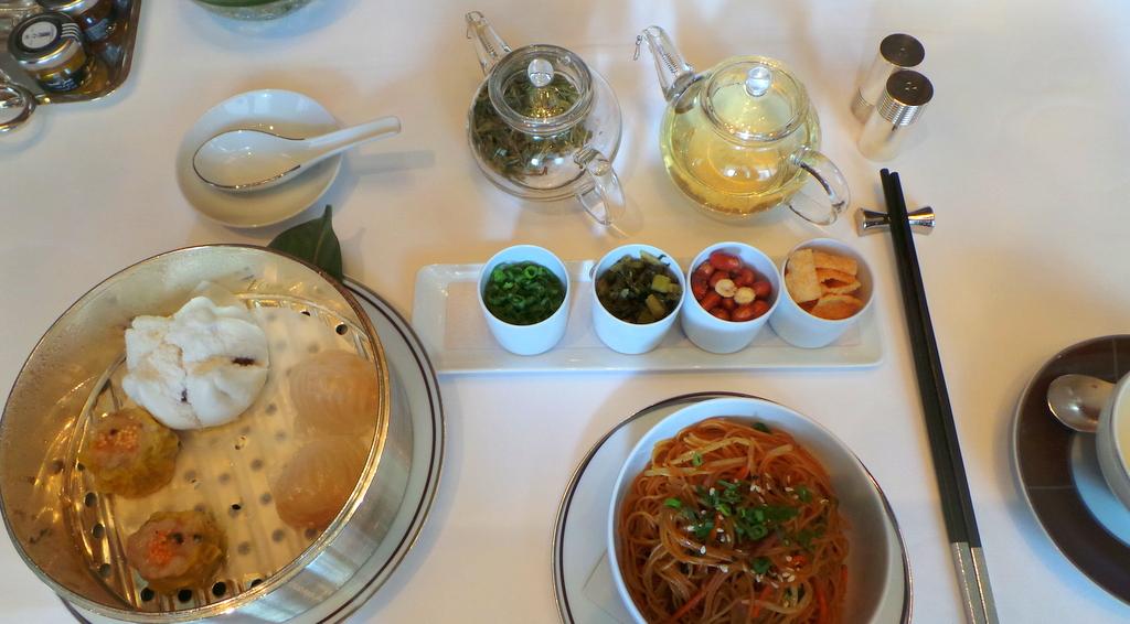 Chinese Breakfast Set at Amber Restaurant, The Landmark Mandarin Oriental