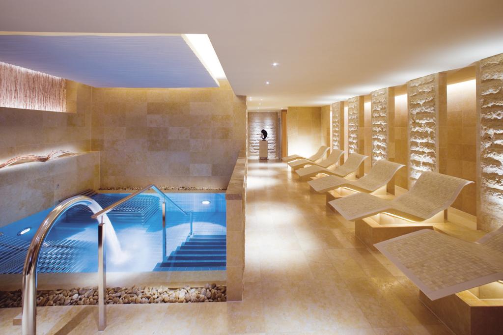 Heat and Water Facilities at The Oriental Spa. The Landmark Mandarin Oriental