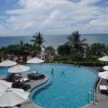 The pool - Sheraton Bali Kuta Resort