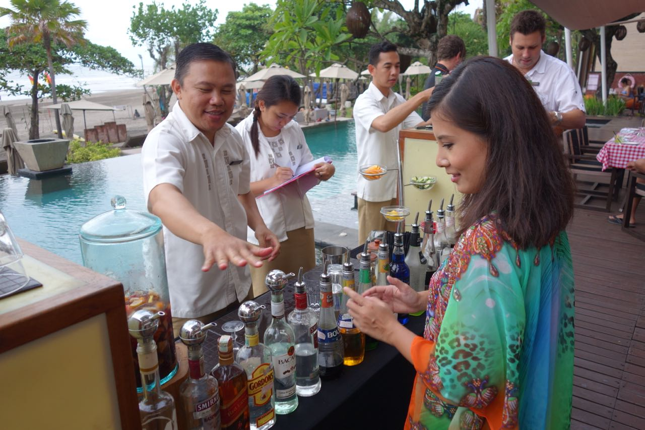 Anantara Resort & Spa Seminyak - Cocktail Making Competition