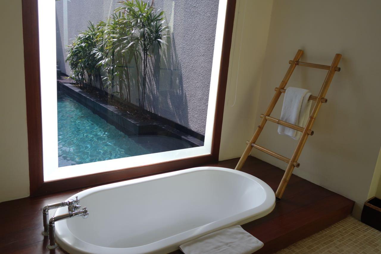 Bathtub at Anantara Vacation Club