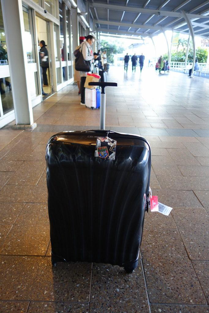 Arrival . The Samsonite Cosmolite 81cm back in Sydney