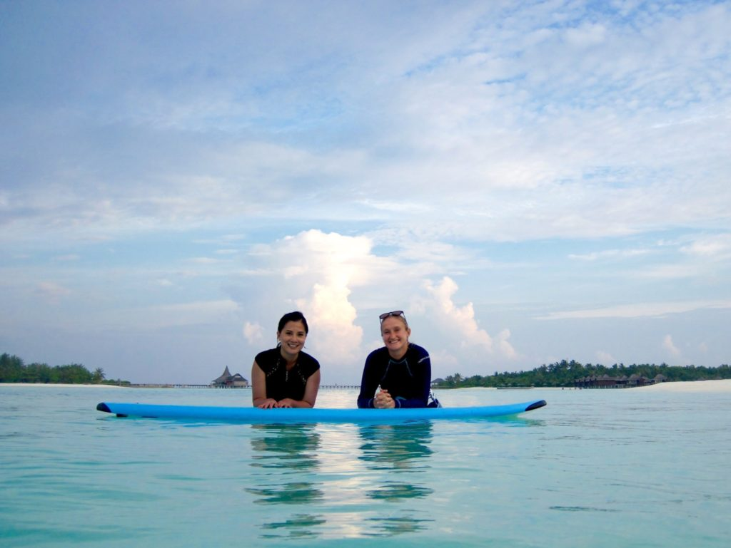 Learning to surf at Anantara Veli with Becky from Tropicsurf