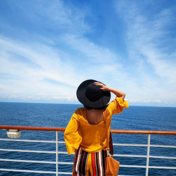 How to Survive a Family Reunion Cruise