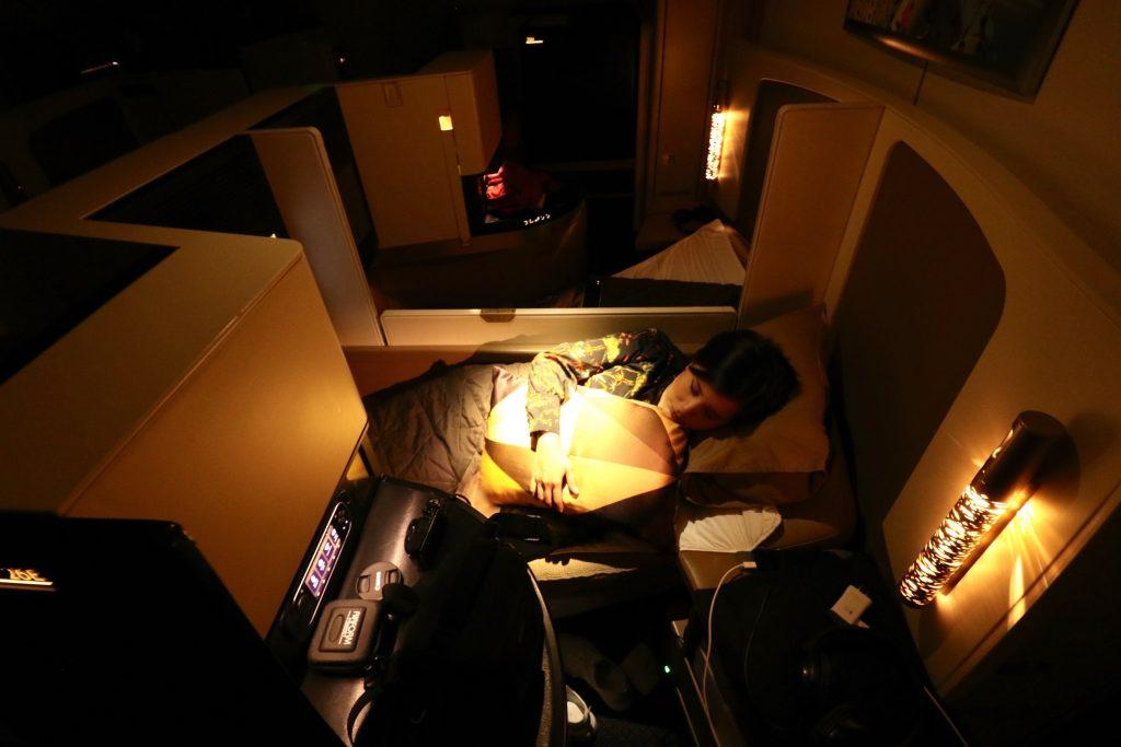 Lie flat bed on Etihad Airways' Business Studio on the A380 Sydney to Abu Dhabi EY 455