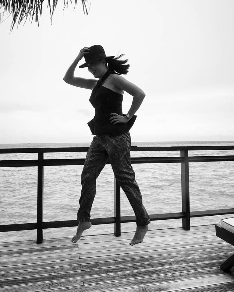 a lot of what i wear reflects my mood and personality. (Maldives)