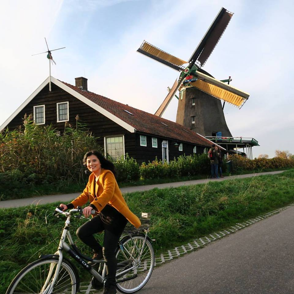 if you can run, hop, and bike in it - wear it (Amsterdam)