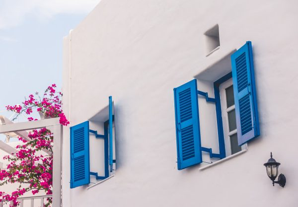 6 Reasons You Should Book a Villa on Your Next Trip to Paros